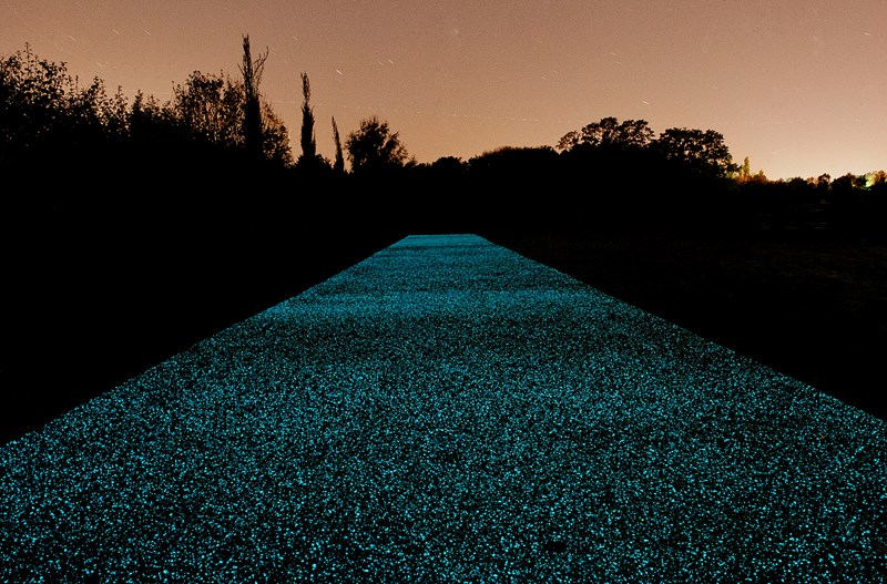 Glowing paths - Hamish Scott